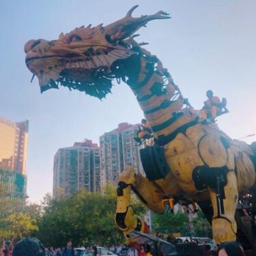 マカオガイド大興奮!驚きと笑いの大型機械装置パレード「龍馬精神」