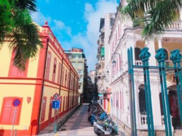 マカオのラザロ地区はポルトガル風のカラフルな街並みがおすすめ